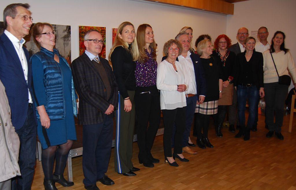 Der neue Vorstand mit den geehrten Annette Gröschner und Rudolf Stauder